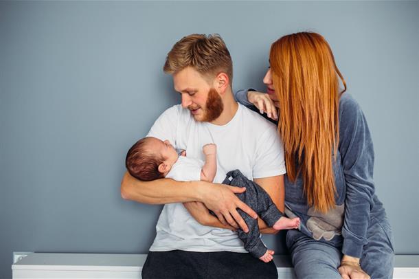 foto av foreldre og barn